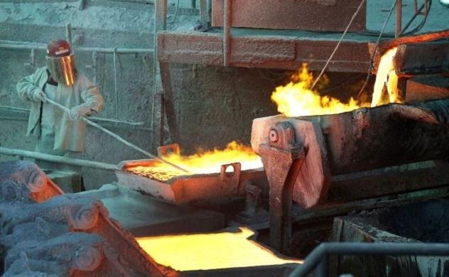 Vì sao giá quặng sắt tăng