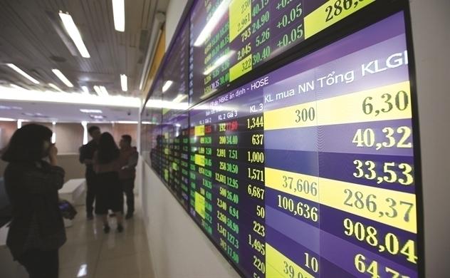 Giá trị vốn hóa của HOSE, HNX và UPCoM tăng mạnh trong tháng 4