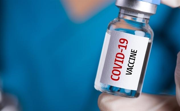 Đề xuất lập quỹ 25.000 tỉ đồng mua vaccine