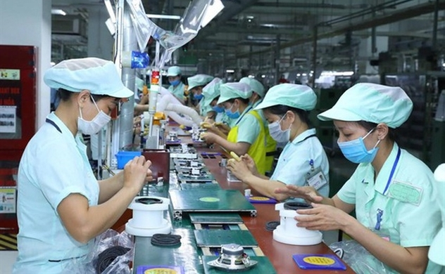 Vietnam reports 5-month FDI inflow at $14 bln, up 0.8% despite pandemic