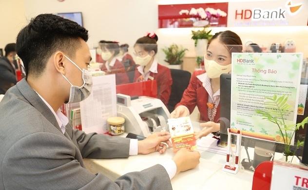 HDBank chia cổ tức bằng cổ phiếu tỉ lệ 25%, Moody's nâng triển vọng xếp hạng tín nhiệm