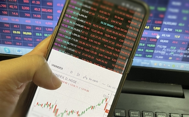 """Cổ phiếu ngân hàng và thép """"đứt gánh"""", thị trường giảm sâu"""