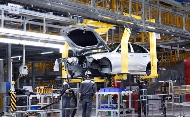 Tỉ phú Phạm Nhật Vượng muốn bán hàng trăm nghìn xe VinFast tại Mỹ vào năm 2026