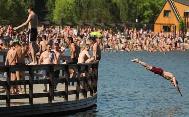 Thủ đô Moscow nóng kỷ lục, chưa từng có trong 120 năm qua