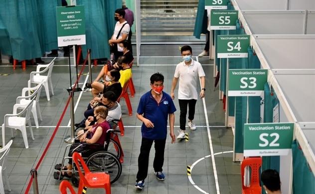 Singapore chuẩn bị chung sống bình thường với COVID-19