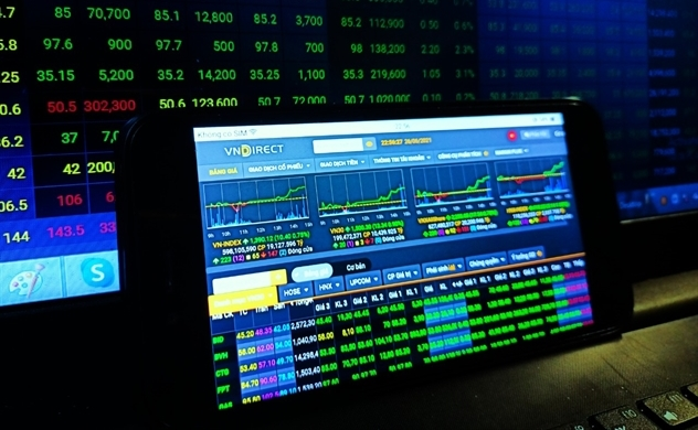 VN-Index lập đỉnh mới, áp sát 1.400 điểm