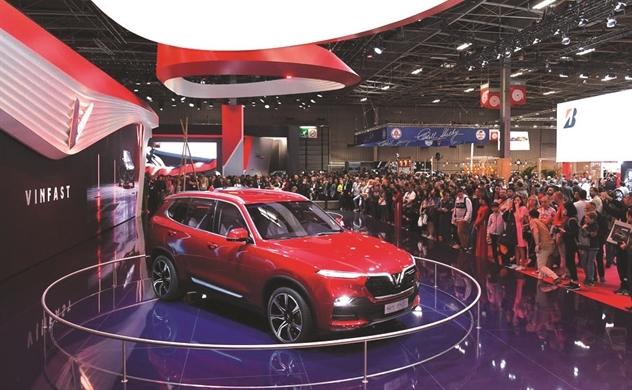 AutoCar (ANH): Tiến nhanh tại Việt Nam, VinFast thẳng tiến tới Mỹ và Châu Âu!