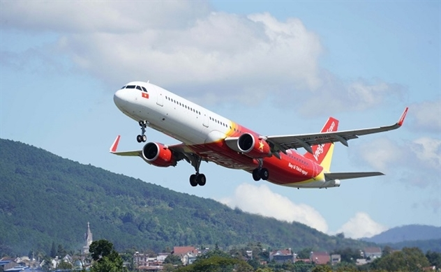 Vietjet Air to sell shares equivalent to as much as 15% chartered capital