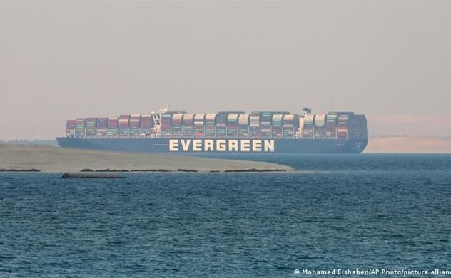 Tàu Ever Given được phép rời khỏi kênh đào Suez