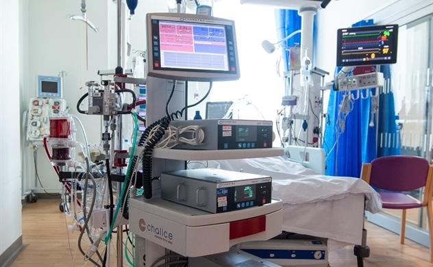 Masan ủng hộ 2 máy ECMO và 6.000 kit xét nghiệm COVID-19