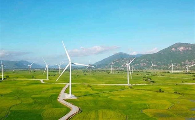 Vietnam to buy electricity from ASEAN's largest wind farm in Laos