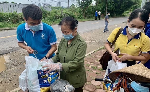Pop-up charity food shop launched to support pandemic-hit citizens in Hanoi