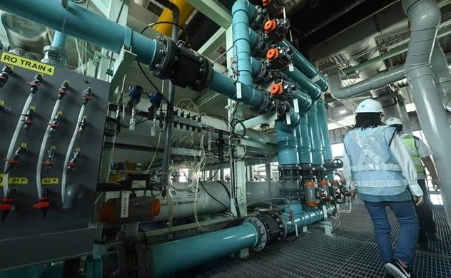 Hệ thống xử lý nước thải thành nước sạch siêu hiện đại ở Singapore