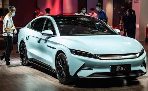 Doanh số bán xe điện nội địa Trung Quốc tăng vọt khi Tesla thất thế