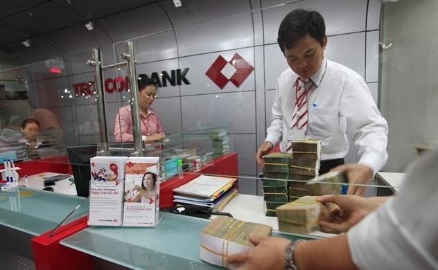 Cổ phiếu ngân hàng đồng loạt dậy sóng