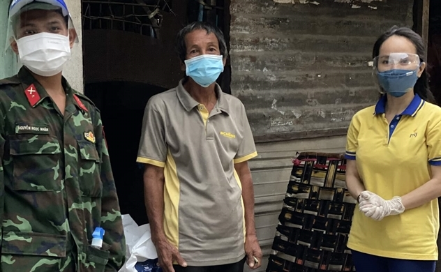 Siêu thị mini 0 đồng tiếp tục lan tỏa hành trình yêu thương đến người lao động nghèo tại TP.HCM
