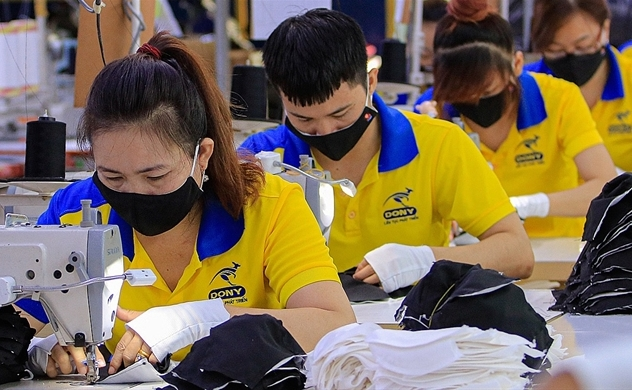 Firms urge Ho Chi MInh City to reopen economy soon