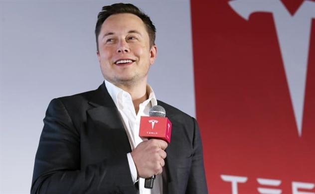 """Tỉ phú Elon Musk: Sự thiếu hụt chip là một vấn đề """"ngắn hạn"""""""