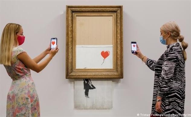 Bức tranh xé dở giá 25,4 triệu USD