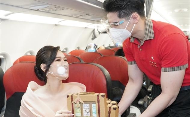 Cùng Vietjet gửi lời yêu thương đến một nửa thế giới trên chuyến bay đặc biệt